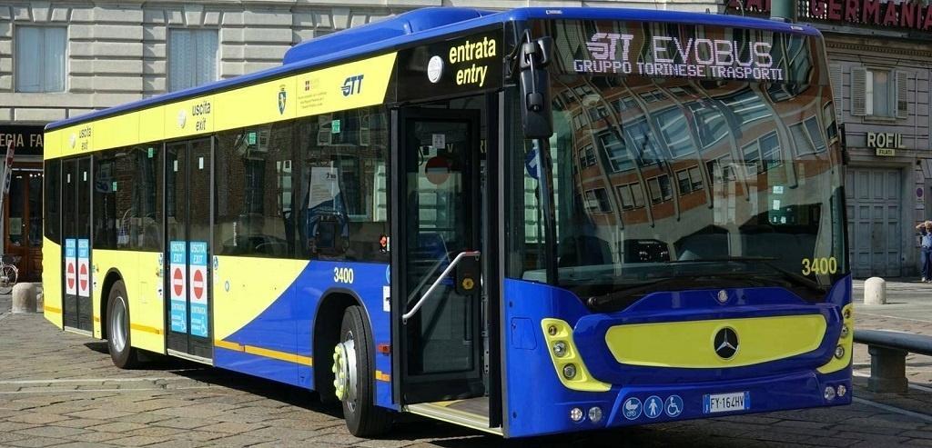 Bus Mercedes Conecto in servizio su linee Gtt