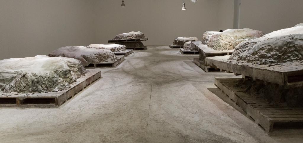 Fondazione Sandretto Re Rebaudengo, mostra Aletheia artista Berlinde De Bruyckere